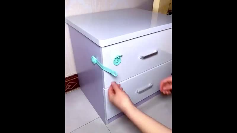 блокиратор для шкафов и тумб от детей