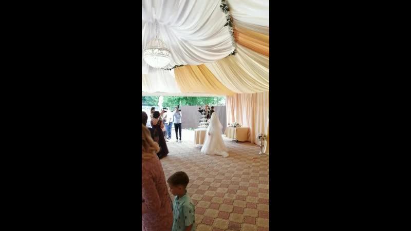 Свадебный каскад шампанского Салимы и Руслана 🎉💥 тамада Алина ведущийуфа тамадауфа ведущийнасвадьбу свадьба праздник юбил
