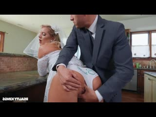RealityKings Candice Dare Lesbehonest Part 2 LookAtHerNow