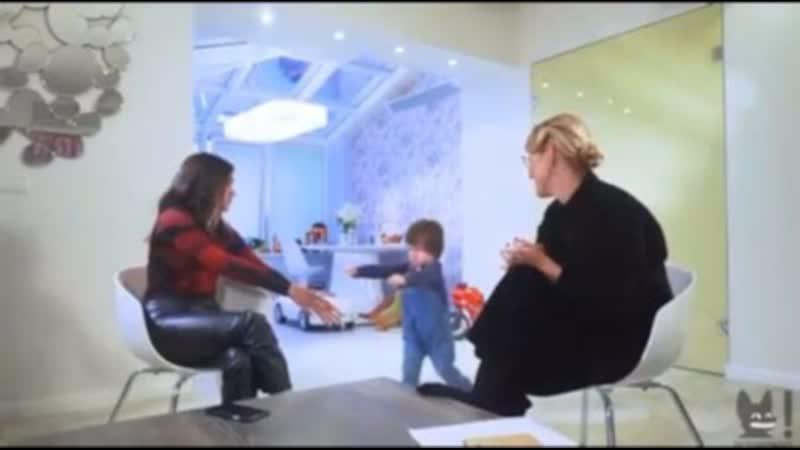 Собчак снова терроризирует детей