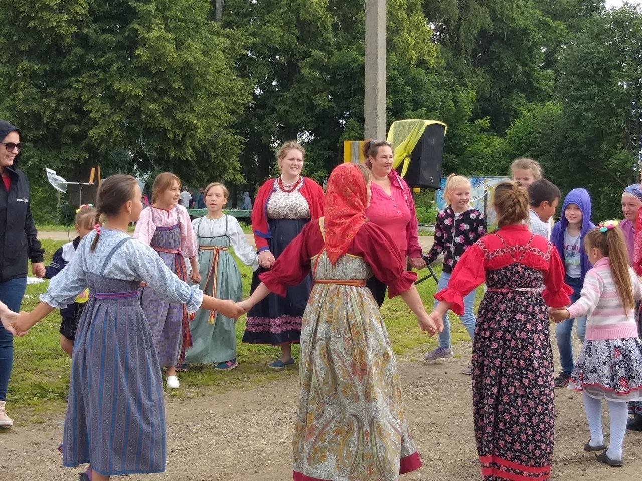 Поздравление старожил деревни на празднике дня деревни