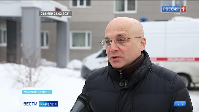 Спикер парламента Карелии Элиссан Шандалович по выходным трудится врачом волонтером