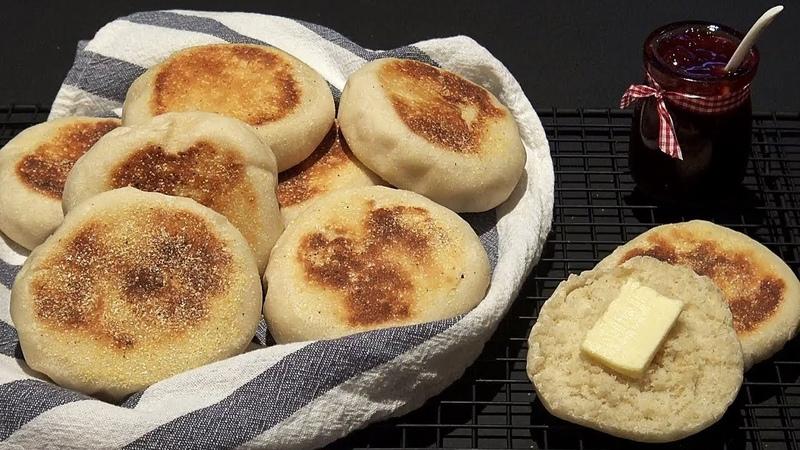 Pain maison cuit à la poêle Recette de muffins anglais