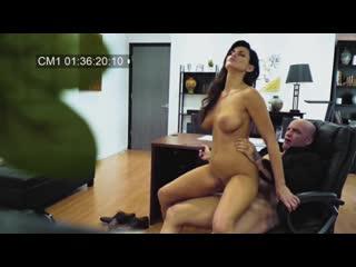 Харассмент на работе выебал трахнул Becky Bandini с большие натуральные сиськи грудь титьки порно скрытая камера Porn 2020 mylf