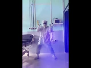 Антимасочникам трудно дышать в маске, тем временем врачи:
