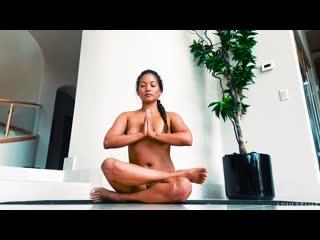 Lana Violet - Naked Yoga Life [Solo]