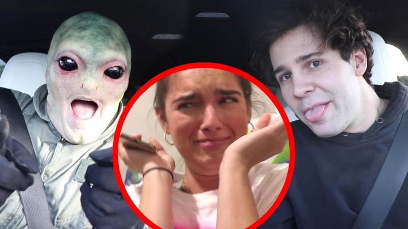 SURPRISING THE VLOG SQUAD WITH MY ALIEN MAKEOVER!!