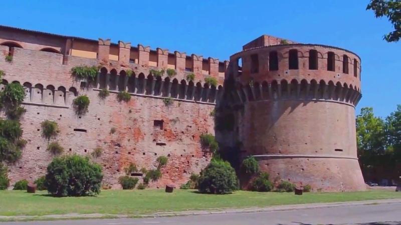Imola Rocca Sforzesca Duomo Piazza Matteotti - videomix