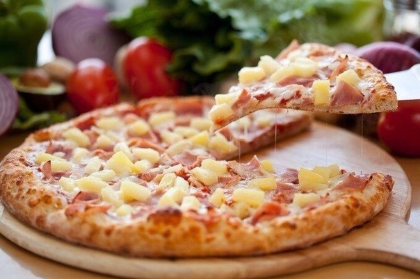 Специально для любителей вкусной пиццы 3 быстрых варианта теста и 7 самых лучших начинокКефирное тестоИнгредиенты:Кефир 1 стак. Мука 22,5 стак.Яйцо куриное 1 шт.Растительное масло без запаха по