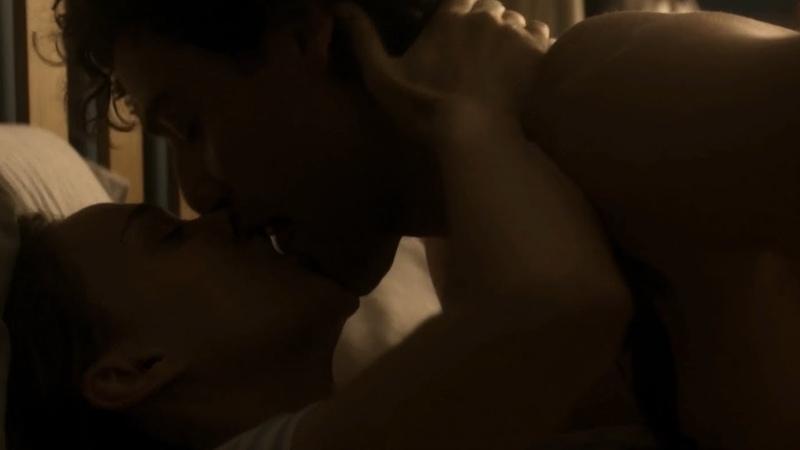 Annihilation Kiss Scene Natalie Portman and Oscar Isaac