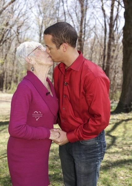 А вы верите в искренность чувств таких пар?...