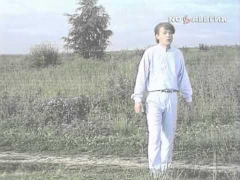 «Зорька алая» (Александр Морозов - Виктор Гин), поёт Николай Гнатюк, из «Утренней почты»