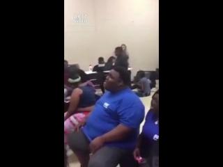 """Студенты спели песню """"Rihanna - Diamonds"""""""