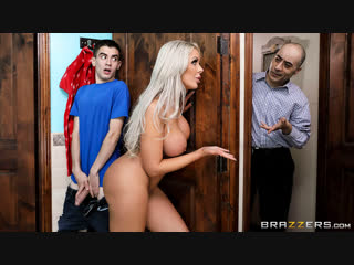 [Brazzers] Nina Elle - They Feel Real To Me New Porn 2019