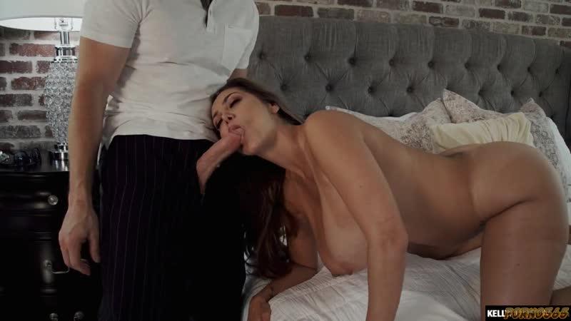 Зрелая женщина трахает молодого любовника, woman mom milf mature busty huge big old saggy tits breast sex incest (Hot&Horny)