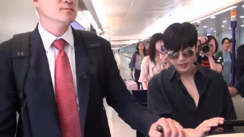 【NewsVideo】20190624 이민호 李敏鎬 イミンホ 李敏镐 LeeMinHo Arrived Taipei 李李敏鎬低調來台粉絲熱情相隨