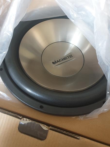 Продам абсолютно новый сабвуфер Machete ms 15d4 .С документами. Причина продажи...