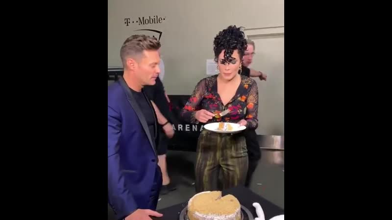 Early birthday cake for Halsey