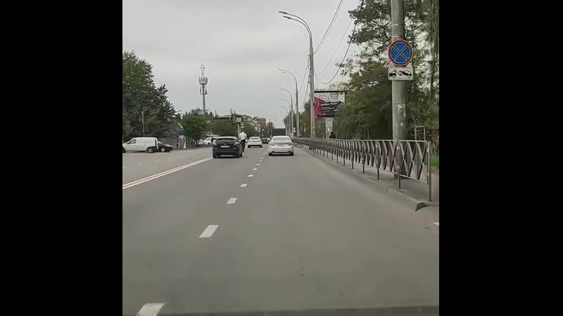Восточно-Кругликовская. Самокат идёт на обгон😀 Видео прислал bri_ant_