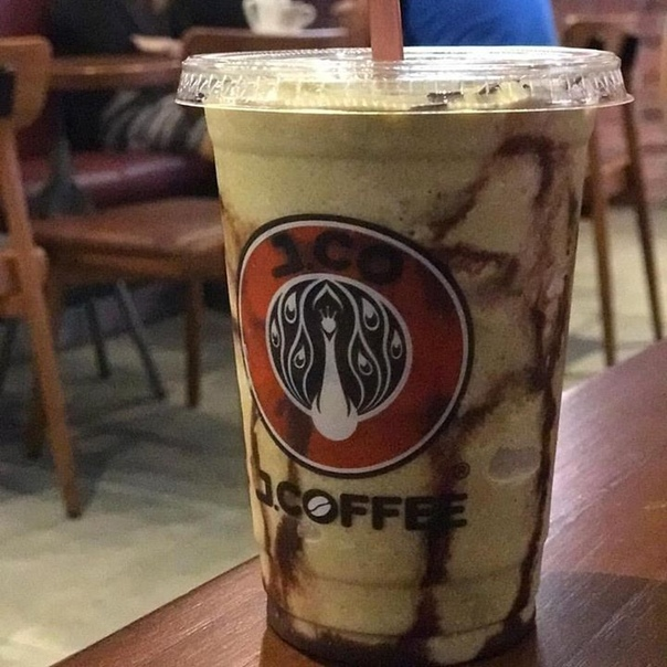 Хит летнего сезона: кофе Фраппучино с авокадо и Фраппучино как в Starbucs