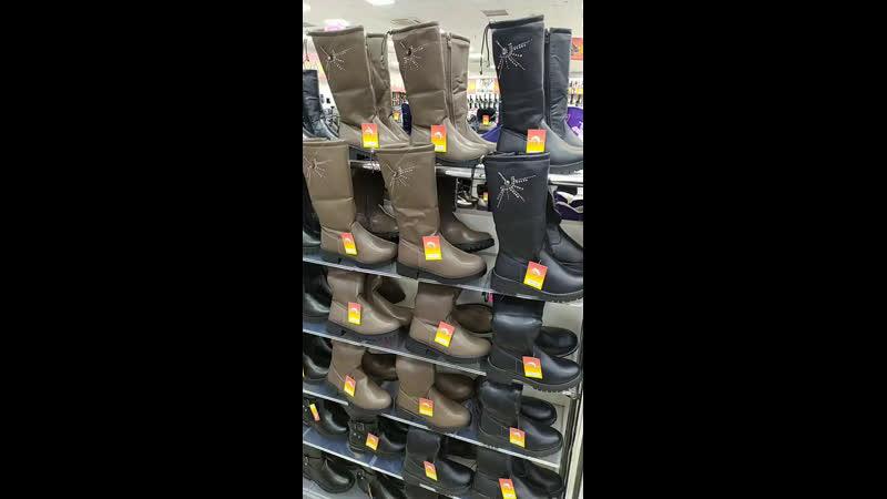 Здравствуйте уважаемые наши покупатели! В нашем магазине новое поступление зимней обуви для девочек!