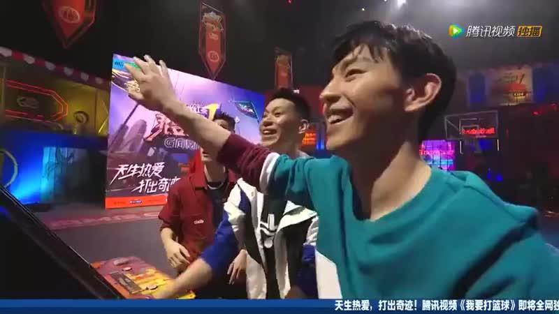 Li Yifeng Deng Lun vs Jeremy Lin Du Feng part 2 - - Li Yifeng turned off the basketball game machine afgklxbmetyp I don't know a