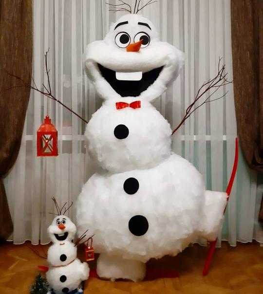 Пoтрясающий Снеговик Олаф Огромный, счастливый новогодний герой Выполнен из синтепона