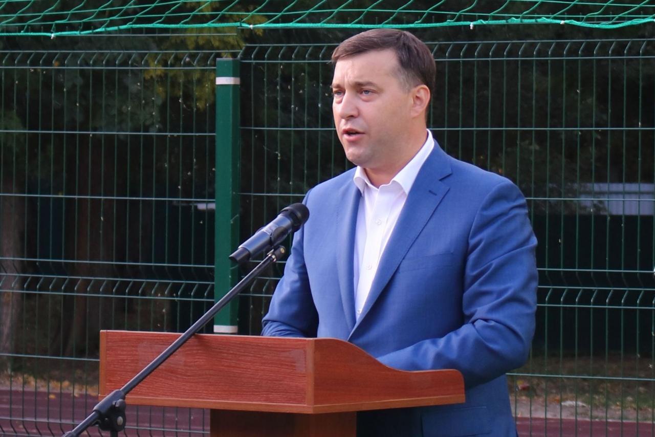 Под Таганрогом в ДОЛ «Ромашка» начал работу VIII областной слет юных экологов