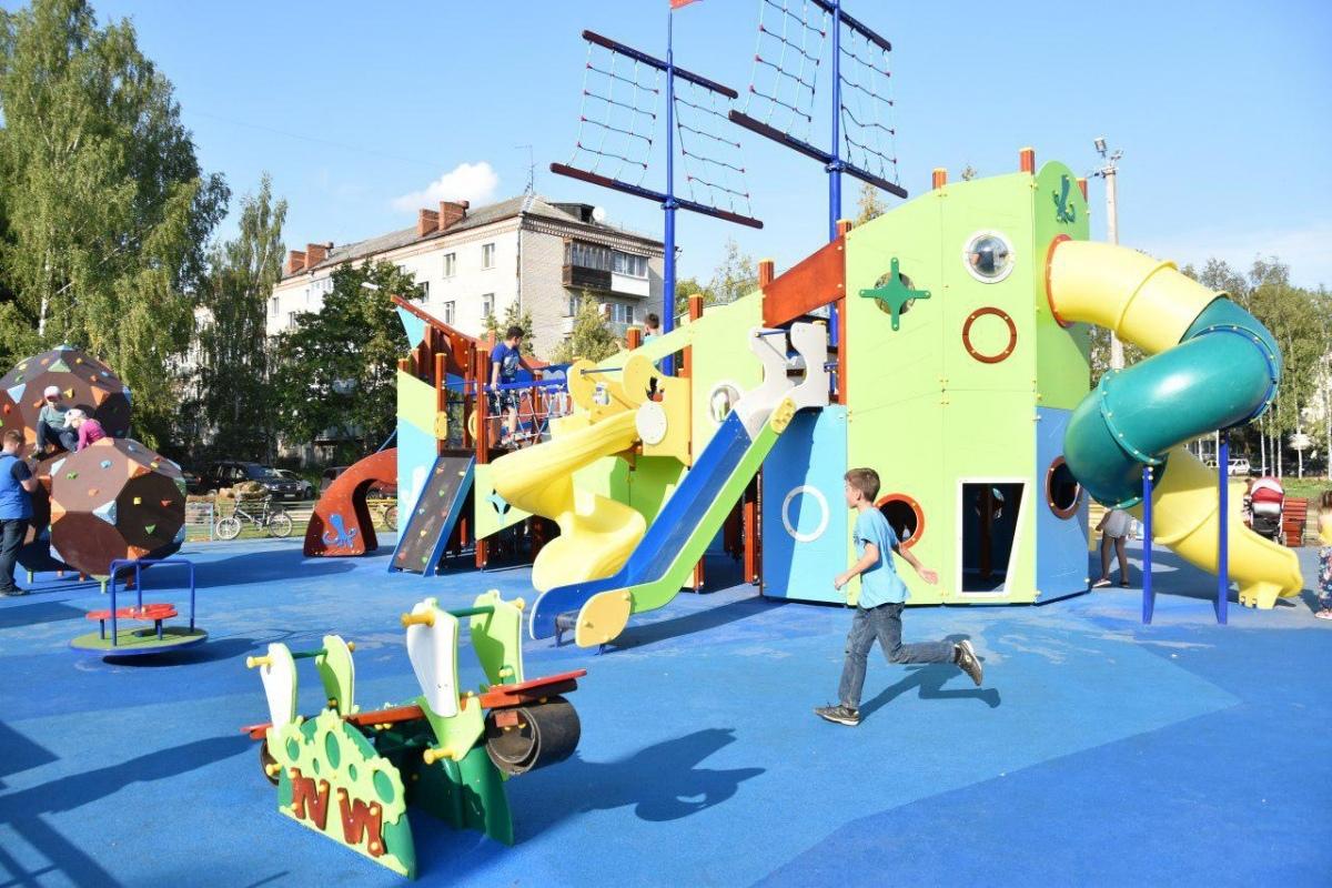 Десять новых детских площадок установлено в Сергиево-Посадском