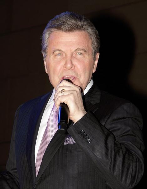 Лев Лещенко считает пенсии россиян позорными и унизительными! Вы с ним согласны или нет