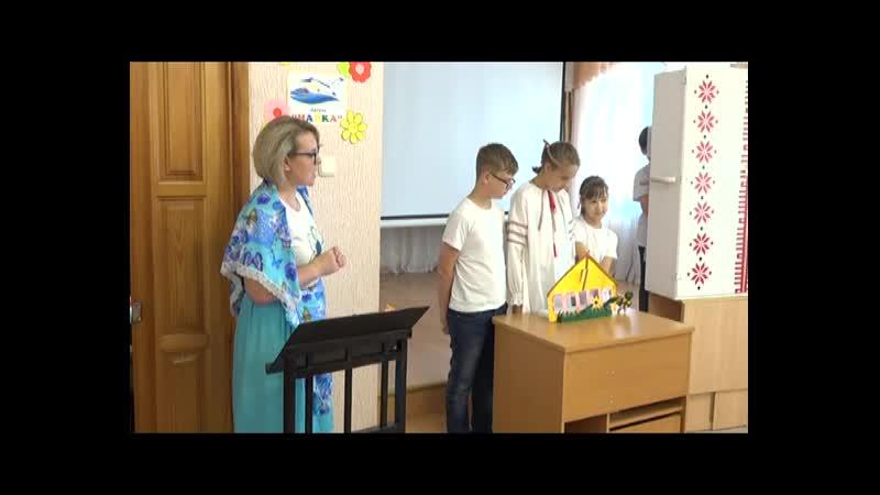 Детский лагерь при соццентре посетил кукольный театр