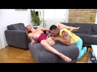 Milf Emma Klein Milf gets an anal creampie and squirts while she