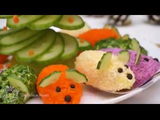 Красивая закуска Мышата под елочкой на Новогодний стол