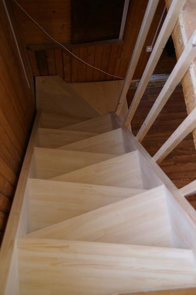 Лестница в доме своими руками (источник: gofazenda)