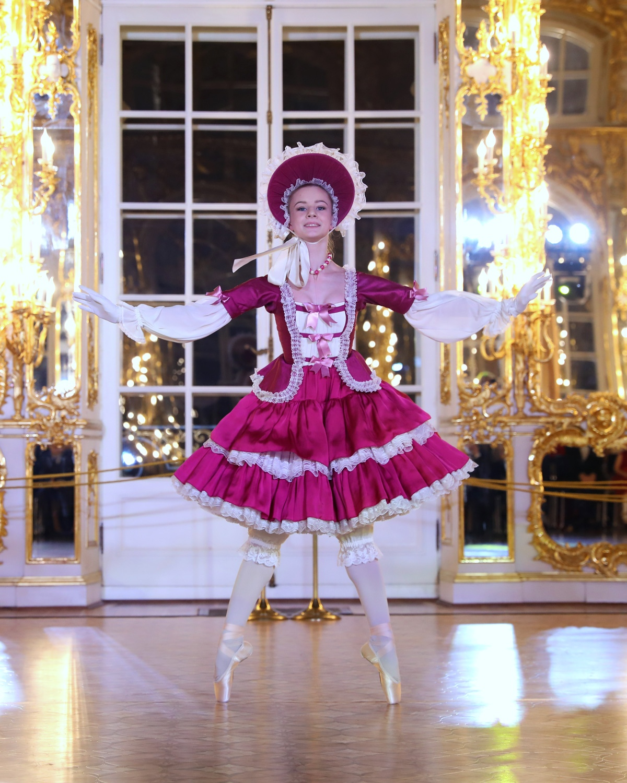 Фея кукол на Детском балу