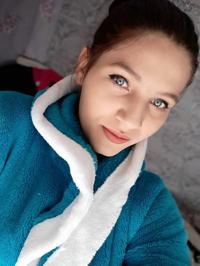 Alena, 19, Balti