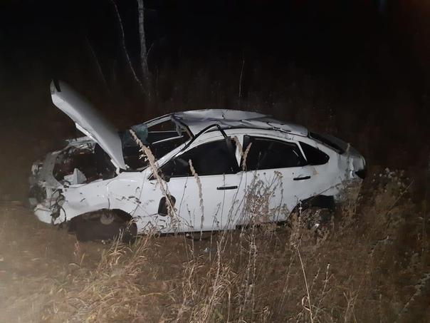 В Омске 16-летняя курсантка погибла в ДТП с перево...