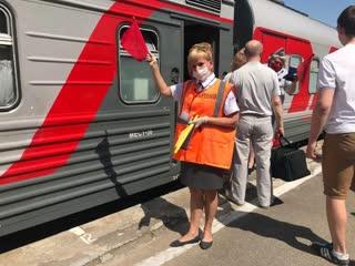 В Волгодонске встретили первый пассажирский поезд