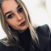 Илона Колесникова