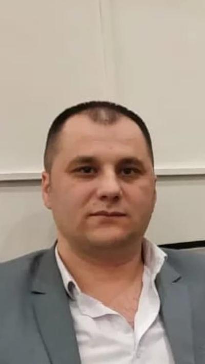 Кадамбой Шаров