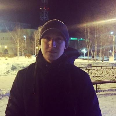 Пётр, 23, Langepas