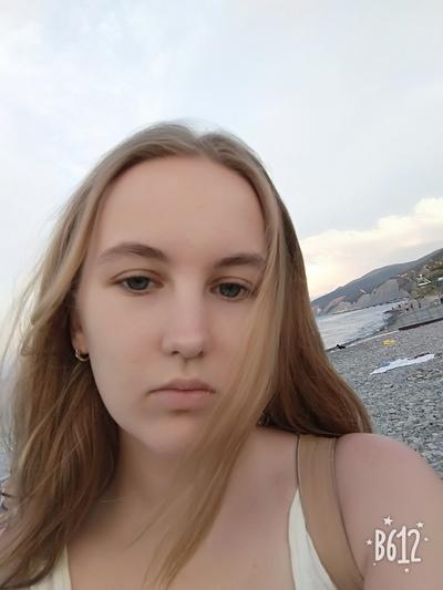 Наталья Снегова