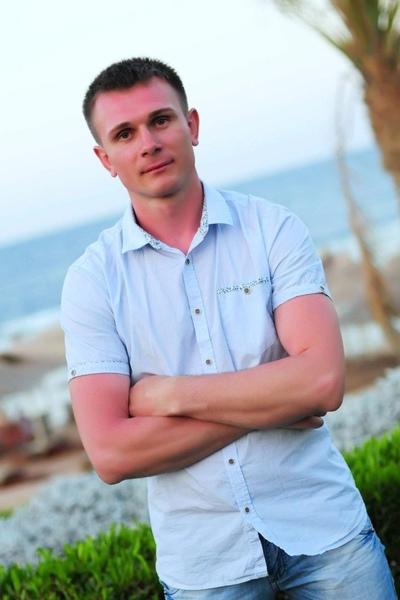 Станислав Баринов
