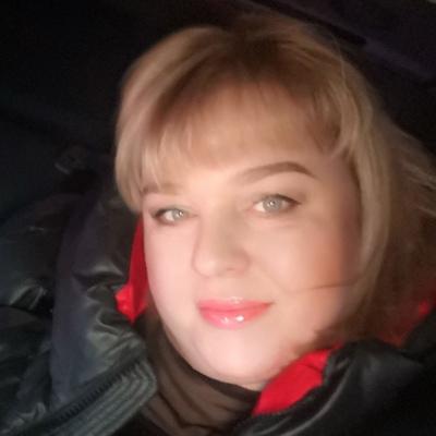 Елена, 40, Mayna