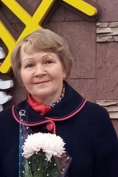 Galina, 59, Kirov